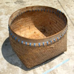 alat-tradisional-tumbu